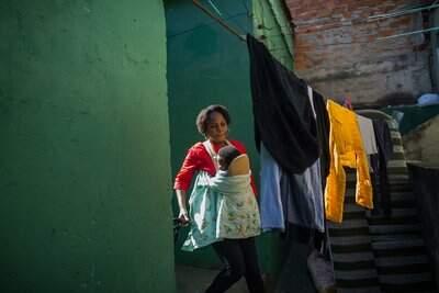 Silvye, uma das mulheres fotografadas para a exposição, é nacional da República Democrática do Congo e refugiada reconhecida pelo Governo Brasileiro desde 2014 - Foto: Victor Moriyama