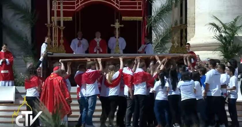 Cruz da JMJ é entregue aos jovens do Panamá